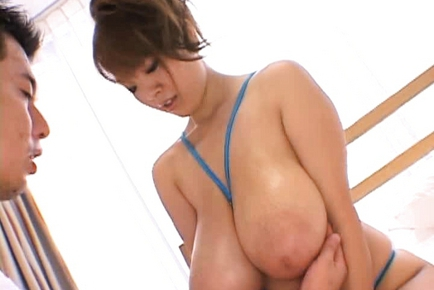 Hitomi Tanaka Japanese babe is hot and busty