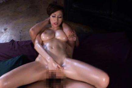 Oiled Up Busty Julia Has Wild Sex In A Threesome