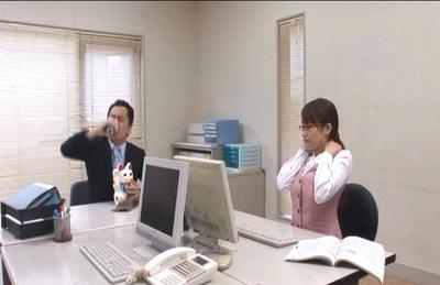 Kirara Kurokawa Lovely Asian secretary gets fucked at work