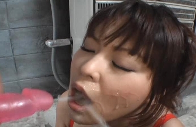 Airi Pretty Asian model can kiss her own big tits